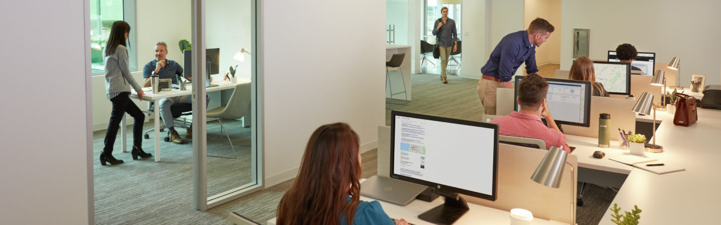 Photography of people working in the ReadyNow suite at Gatewat at Torrey Hills - 3570 Carmel Mountain Road, Suite 100 in San Diego, CA